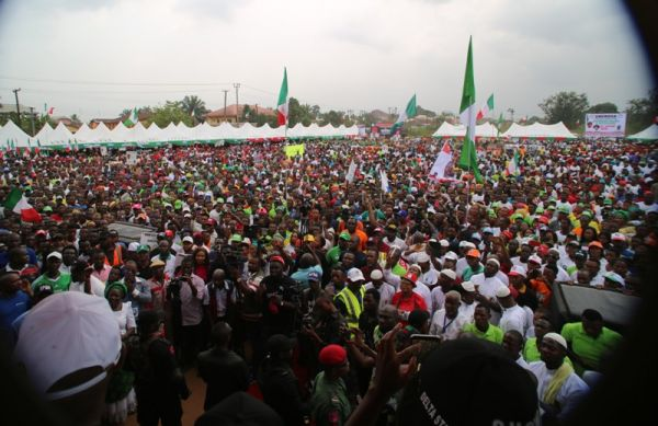 Thousands Of Deltans Defy Rain To Receive Okowa In Ughelli South  •	More Projects To Be Commissioned Before Election, Says Okowa •	Gives N2 Million To Baby Delivered At Rally Ground  •	Thousands Celebrate Okowa's Achievements In Ukwani And Ethiope East